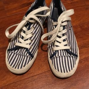 Tommy Hilfiger baby and white stripe sneakers